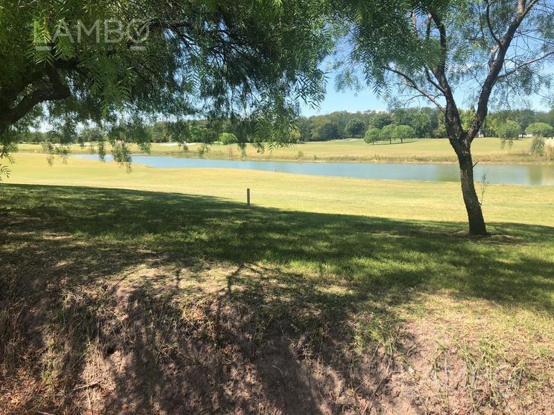 espectacular terreno sobre la cancha de golf - estancias del pilar