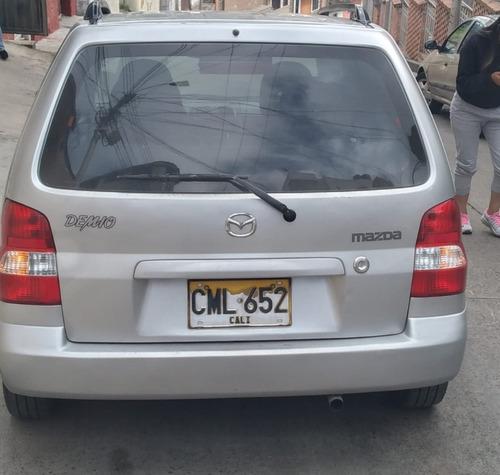 espectacular vehículo mazda sedan modelo 2006.