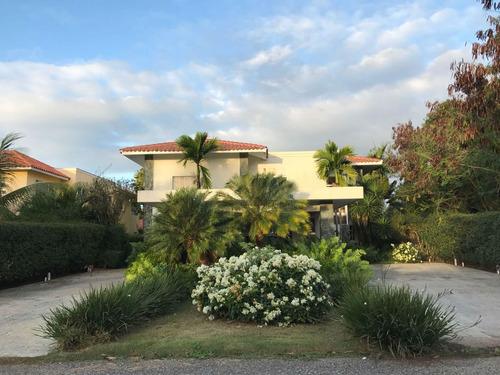 espectacular villa en metro country club ,citymax platinum v
