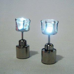 espectaculares zarcillos de acero inoxidable y cristal !!!