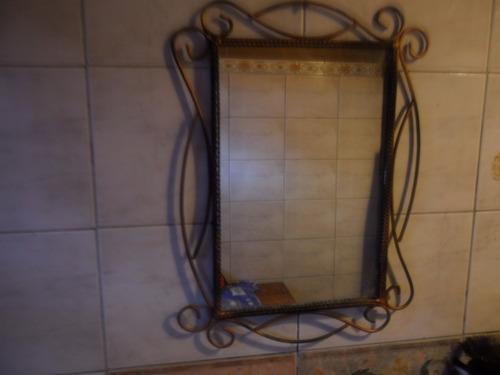 espejo artesanal en hierro