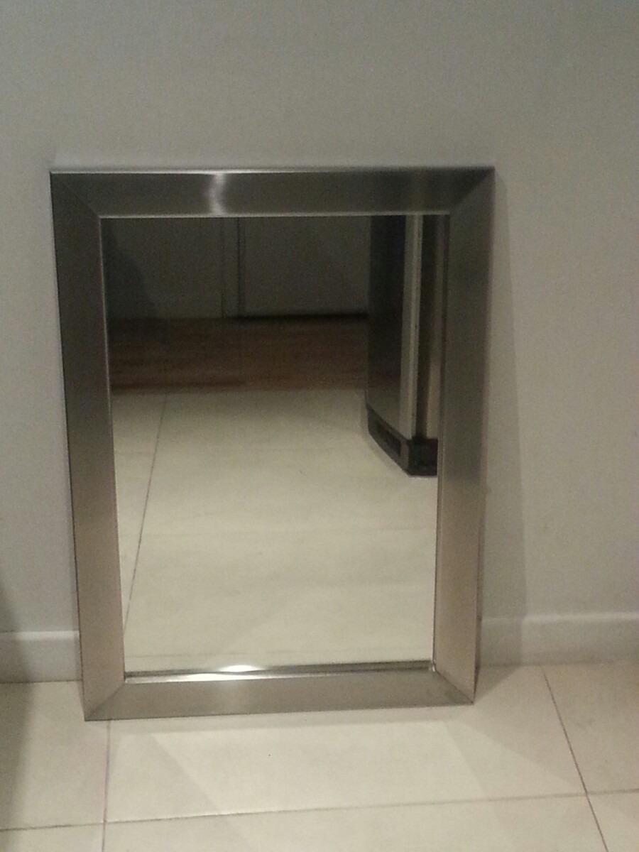 Espejo Con Marco De Acero Inoxidable - $ 3.600,00 en Mercado Libre