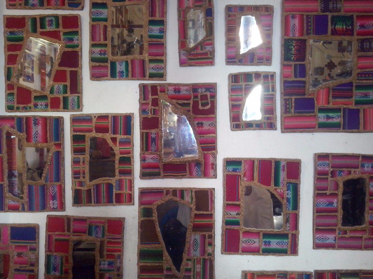 Espejo De Diseño Con Marco De Aguayo, Texturas Y Colores. - $ 500,00 ...