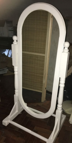 espejo de pie ovalado