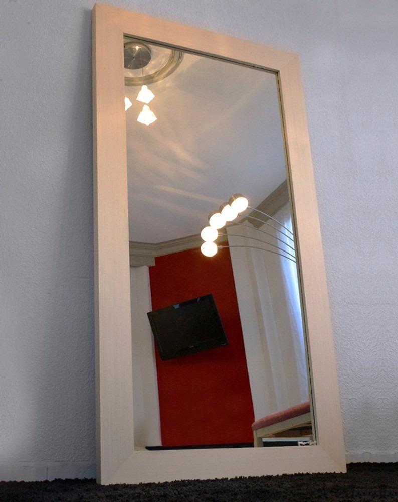 Espejo decorativo cuerpo completo marco de madera for Espejo pared cuerpo entero