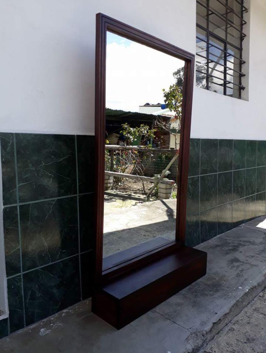 Espejo Enmarcado En Madera Con Repisa - U$S 90,00 en Mercado Libre