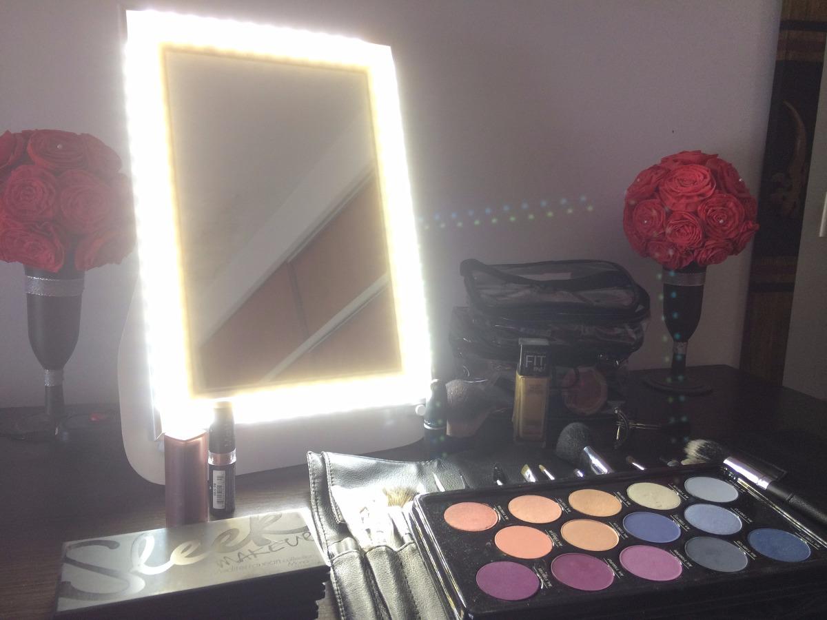 espejo maquillaje luz led neutra