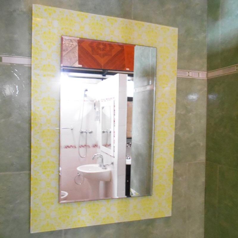 Espejo Marco Acrilico Biselado 50x70 New Wave - $ 784,08 en Mercado ...
