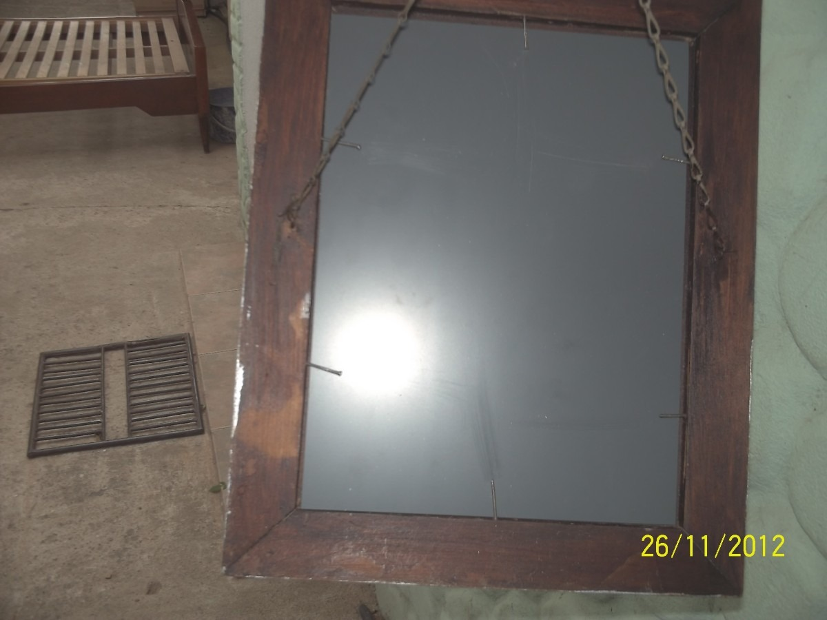 Antiguo espejo c marco de madera y yeso pintado de for Espejo marco madera blanco