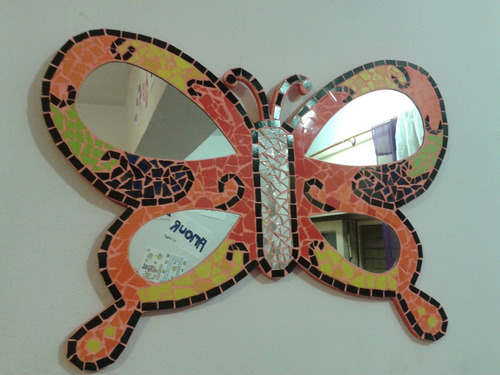 espejo mariposa mosaiquismo y trencadis