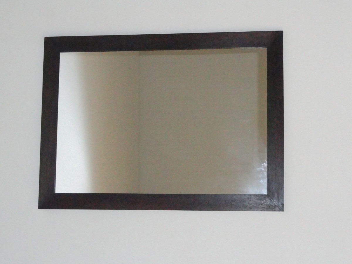 Espejo minimalista con marco de madera s 150 00 en for Espejos de pared madera