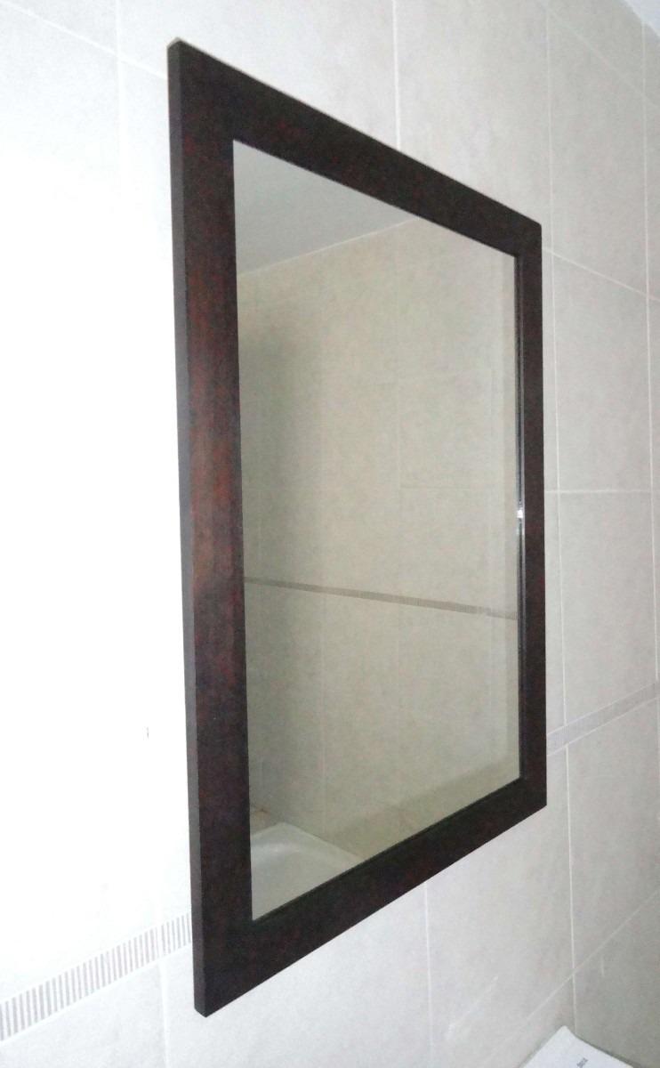 Espejo minimalista con marco de madera s 150 00 en for Donde venden espejos