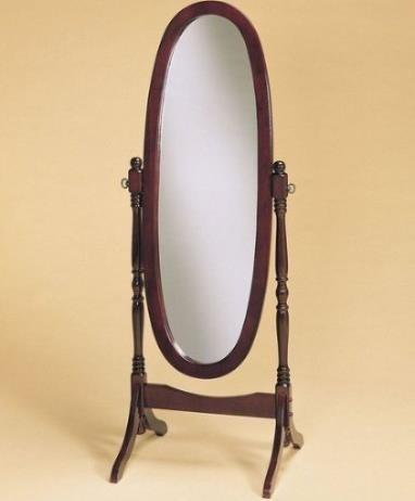 espejo ovalado de pie con marco y base en madera 1