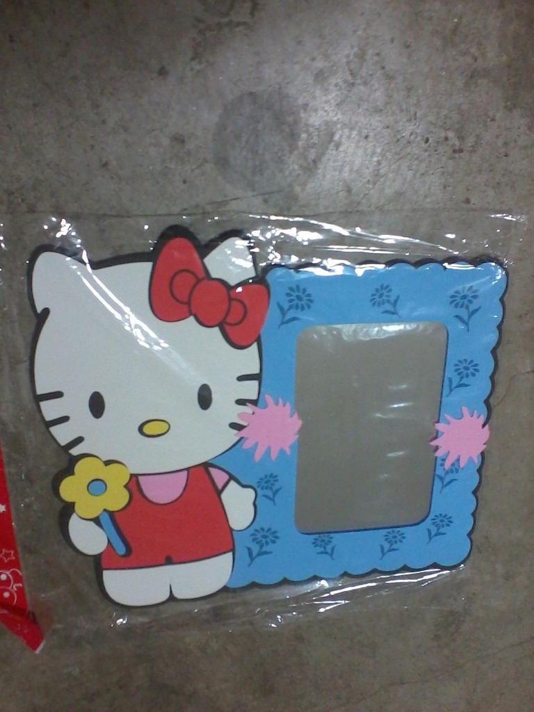 Espejo Para Decorar Cuarto Bebe Hello Kitty Modelo 2 - Bs. 75.000,00 ...