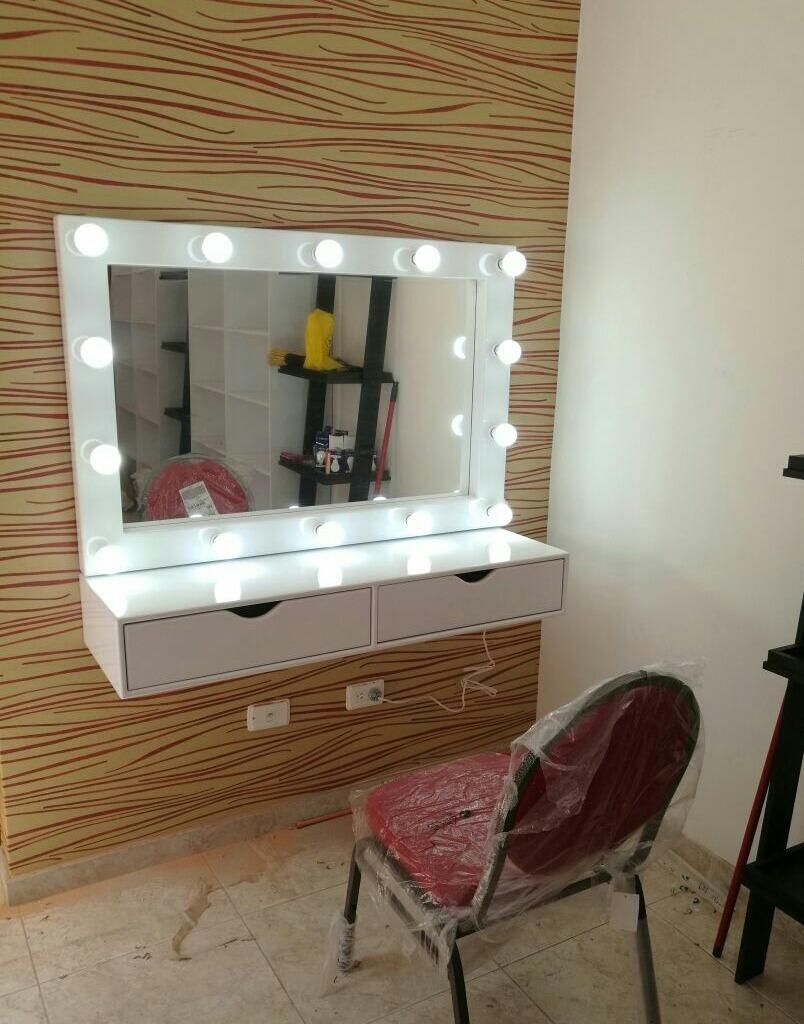 Espejo Para Salon De Belleza Maquillaje Profesional 800 000 En