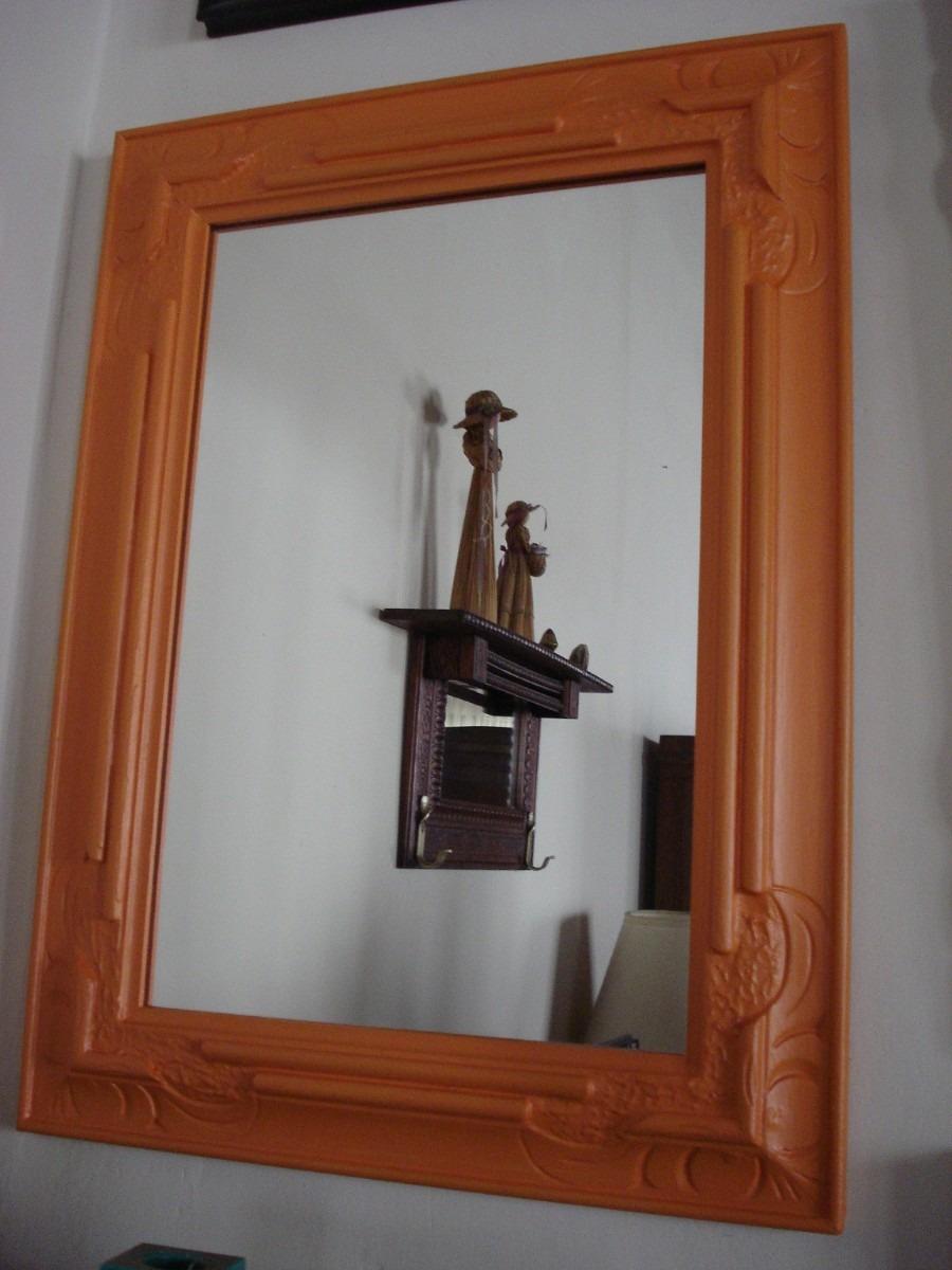 Espejo patinado en naranja marco de madera tallada 1 for Espejos de pared madera