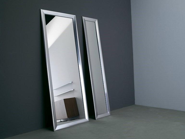 Espejos con marco de aluminio diferentes modelos y colores for Modelos de marcos para espejos