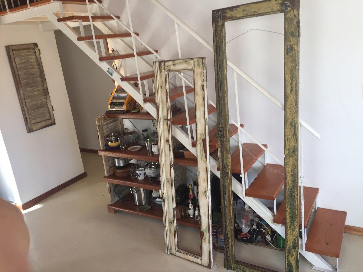 espejos con marcos de ventanas y puertas rsticos