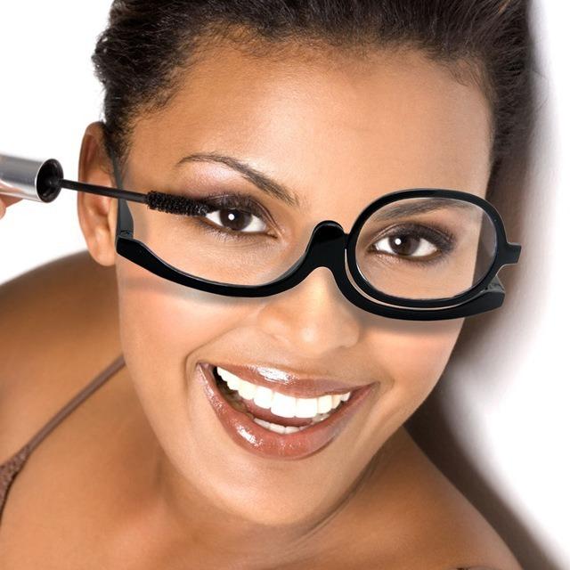 3f337344a7db6 Espelho De Maquiagem Com Led 2 Lados + Óculos Grau Maquiagem - R  80 ...