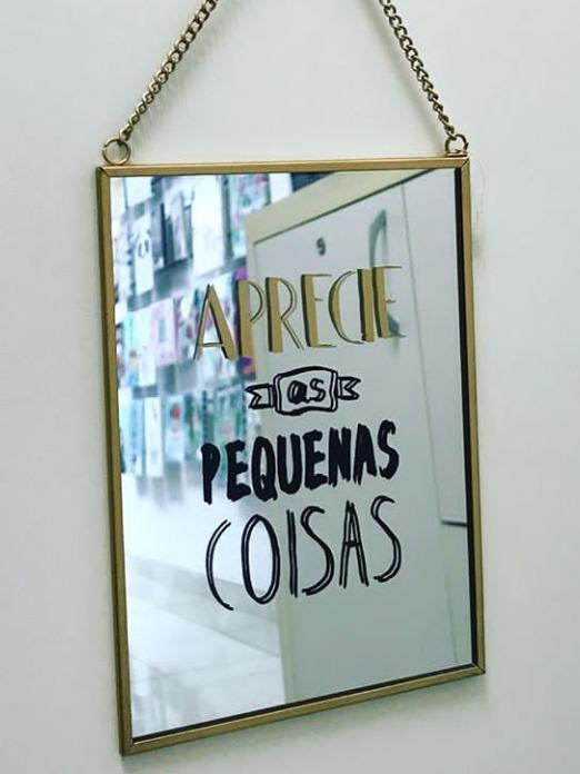 Espelho Decorativo Frases Com Corrente
