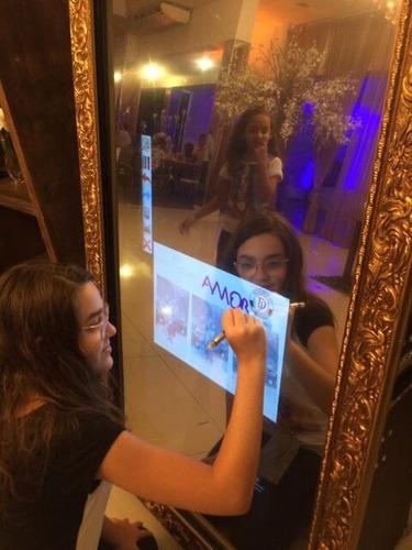 espelho mágico ou cabine de fotos, por hora, mínimo 4 horas