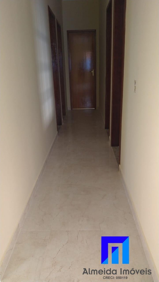 espetacular casa 3 qts, com terreno de 480m² - 984