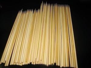 espetinho de bambu para churrasco 28 cm - cx 1.060 espetos