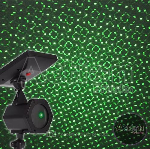 espeto de jardim com projetor laser solar