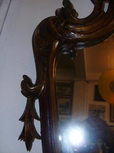 espêlho de época-dourado-entalhe esmerado-imponente