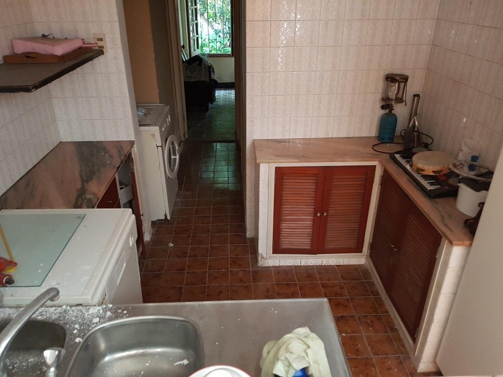 esq 800m2 con 2 casas y local comercial 099748701 atlántid09