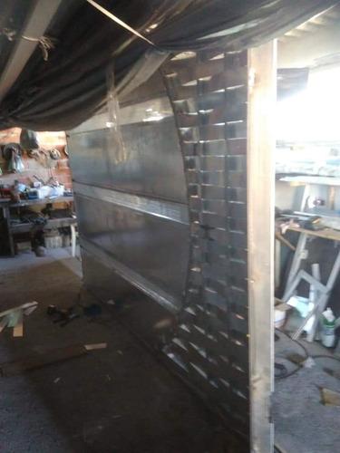 esquadrias de alumínio e vidro temperado e ferro