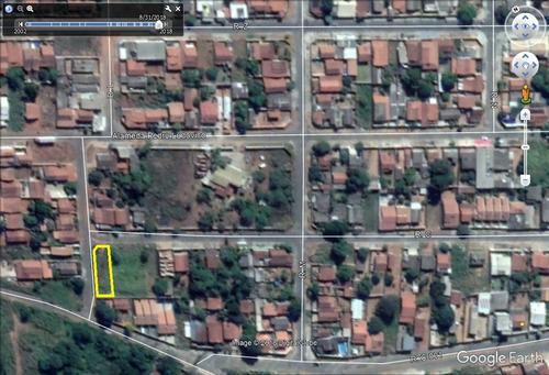 esquina 437,50m² (asfalto e agua) bairro itapua