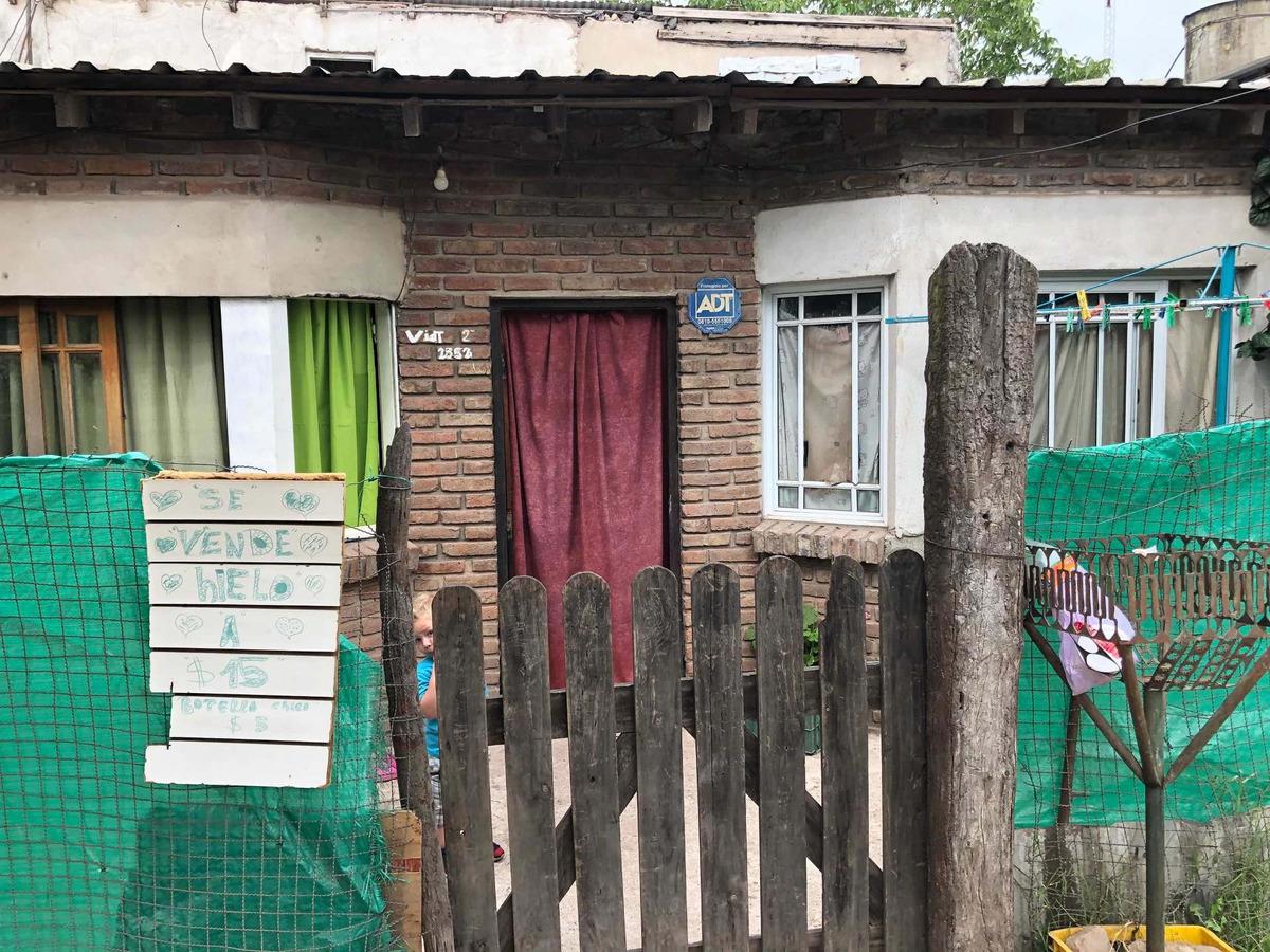 esquina vidt dos locales casa y patio