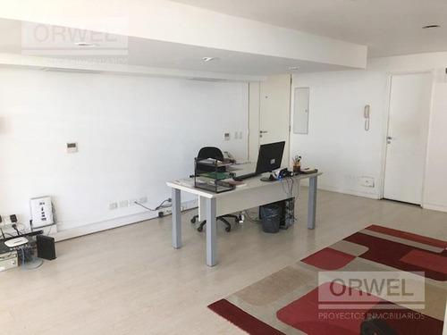 esquinero 180 m2 con 2 cocheras. excelente oficina. premium!!! libertador y olazabal.