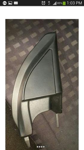 esquinero interno puerta delantera derecha mitsubishi lancer