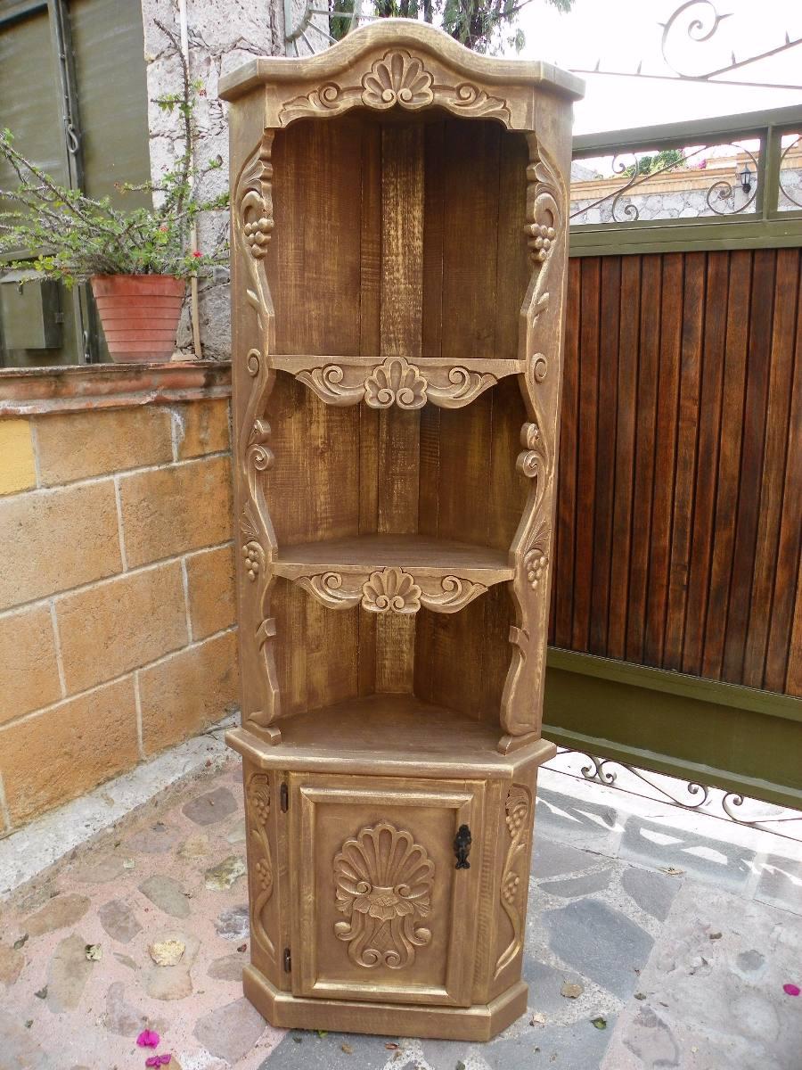 Esquinero vintage tallado en madera con decapado oro - Madera de pino tratada ...