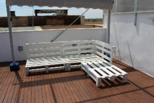 Esquineros de pallet palets sillones r sticos palet 8 for Sillones fabricados con palets