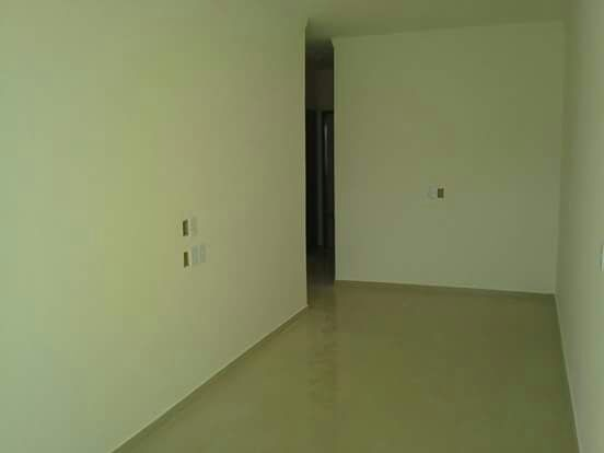 essa pode ser sua ! casa de 3/4, sendo um suite,