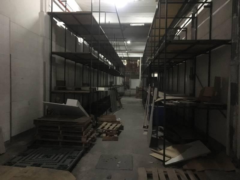 establecimiento industrial de 2000 m2 cubiertos