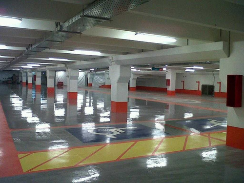 estacionamiento frente a estadio español, la castellana sur 170