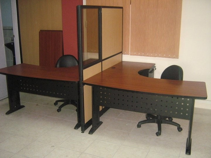 Estaciones de trabajo escritorios muebles de oficina u s for Muebles de trabajo