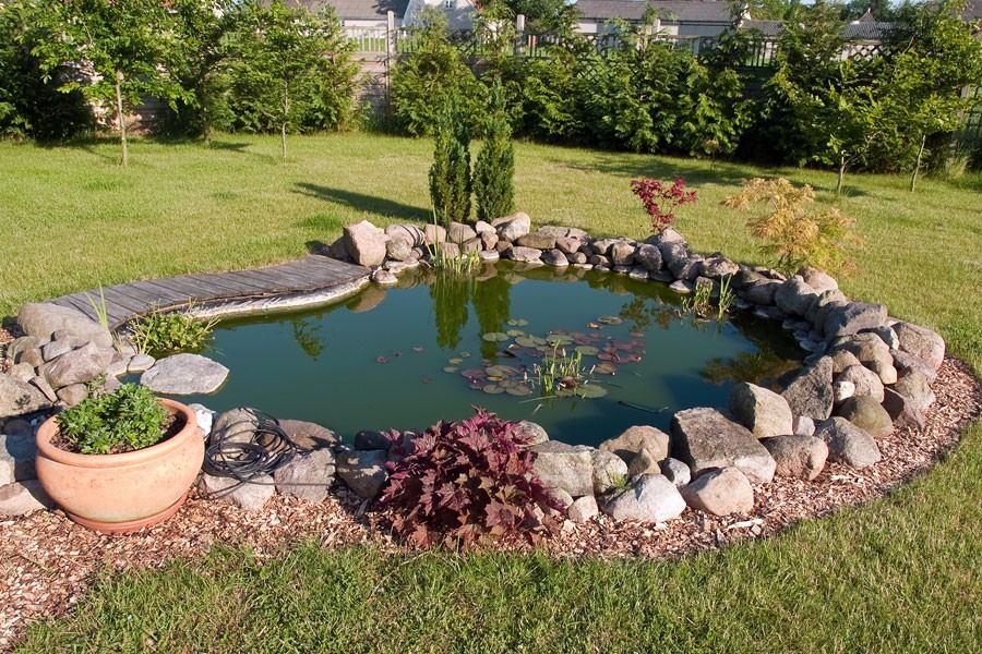 estanques para carpas etc con cascada