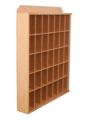 estante copos de cachaça / 35 nichos / natural com selador