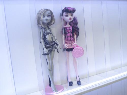 estante expositor nicho bonecas barbie 20 led 5% off