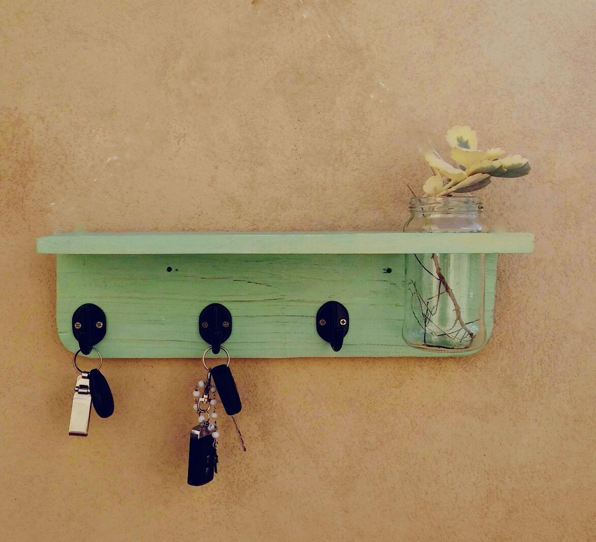 Estante Linea Palet Rucula Design Con Florero Y Portallaves. -   400 ... 5e7a1751dd75