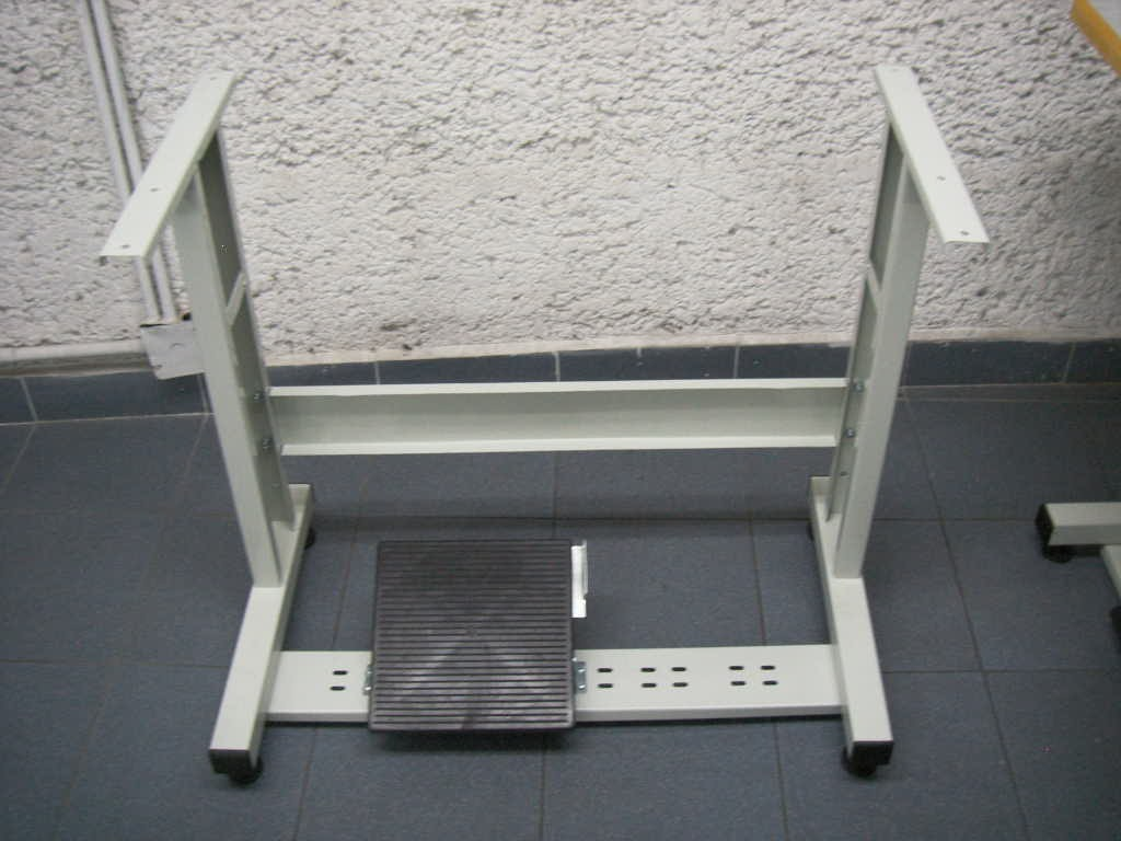 Estante para mesa de maquina de coser industrial 850 - Mesas para coser a maquina ...