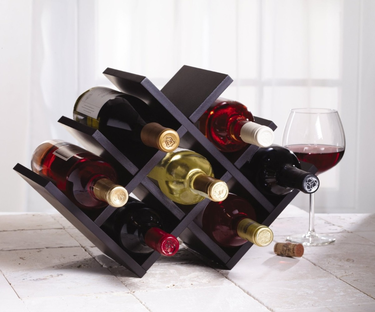 Estante para vino kemenstein decorative 8 botellas ligera for Estantes para vinos