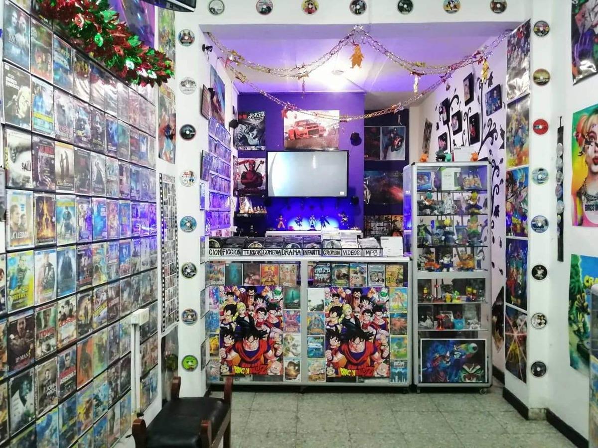 estantería de video tienda