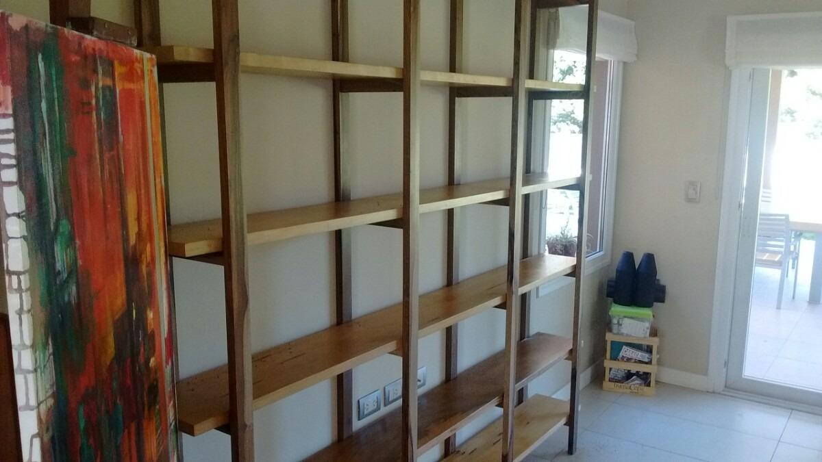 Estanterias en madera top sin duda las cajas donde vienen - Estanterias para ropa ...
