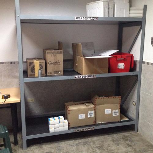 estantes de hierro con 3 entrepaños 1,80cm x 2,00 m x 70 cm